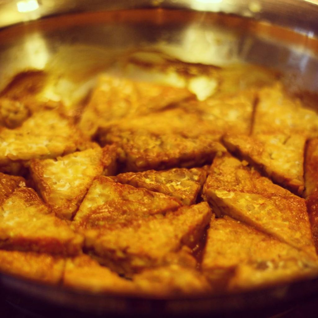 Simmering Tempeh Triangles